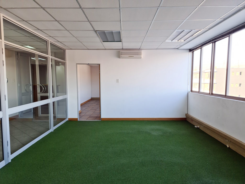 Versatile offices perfect for larger company